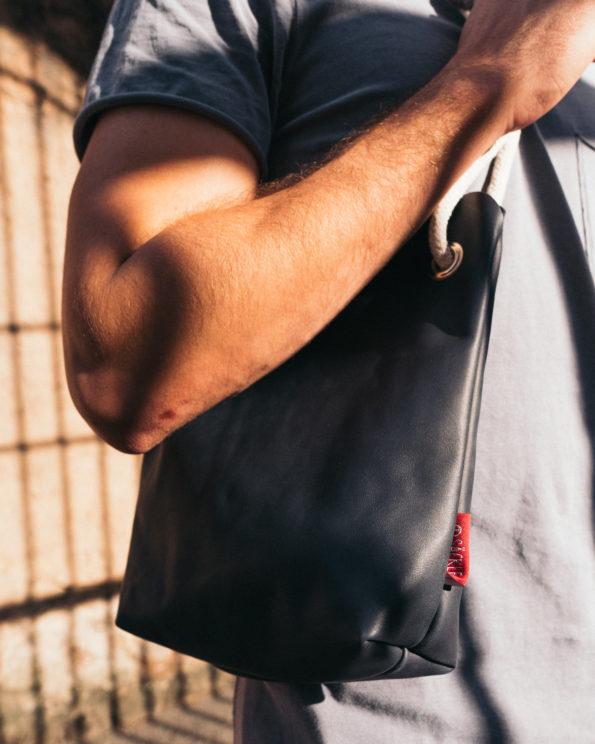 Tuschle-Nachtblau-Dunkelblau-Handtasche-Ledertasche