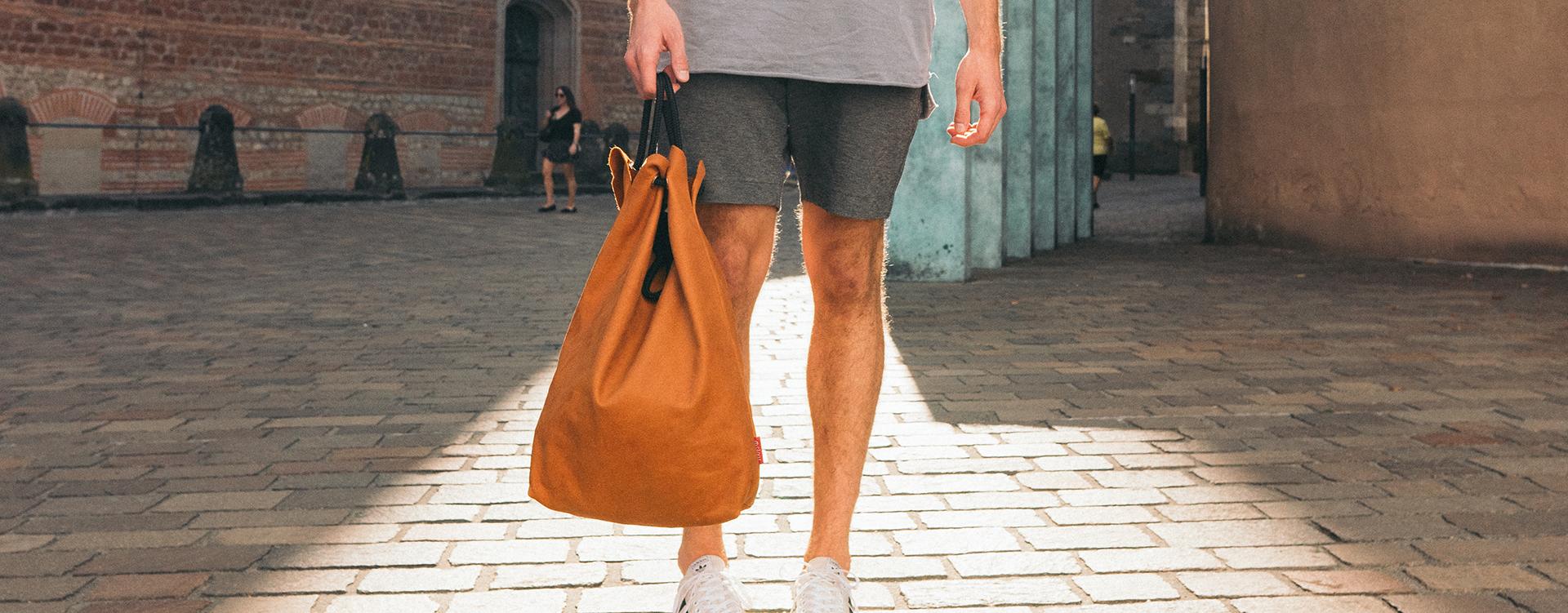 Cognac-Handtasche-handgefertigt-Slider